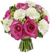 Stylish Bouquet - Ruby hearts